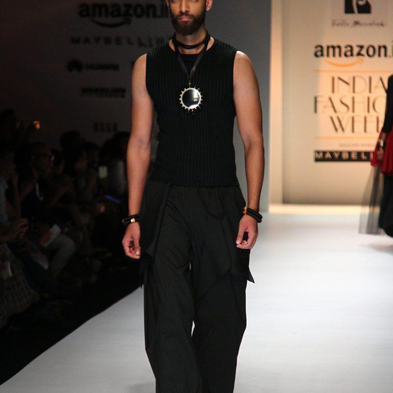 felix-bendish-latest-collection-amazon-india-fashion-week-2017-16