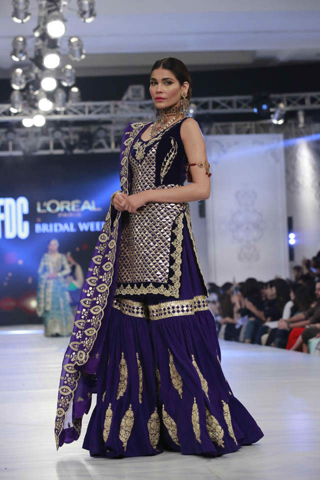 kamiar-rokni-bridal-collection-at-loreal-bridal-week-2017-pkvogue-com-15