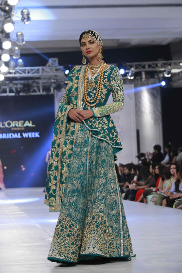 kamiar-rokni-bridal-collection-at-loreal-bridal-week-2017-pkvogue-com-16