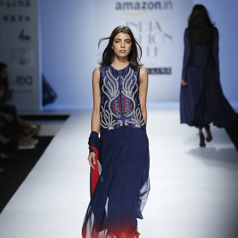 kavita-bhartia-at-amazon-india-fashion-week-2007-16