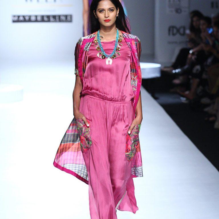krishna-mehta-at-amazon-india-fashion-week-2017-17