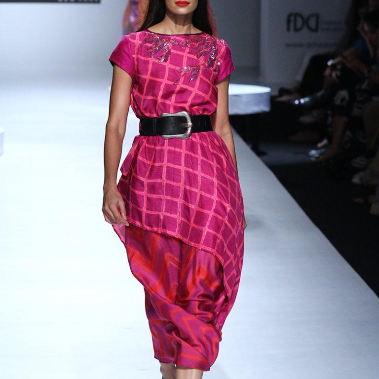 krishna-mehta-at-amazon-india-fashion-week-2017-18