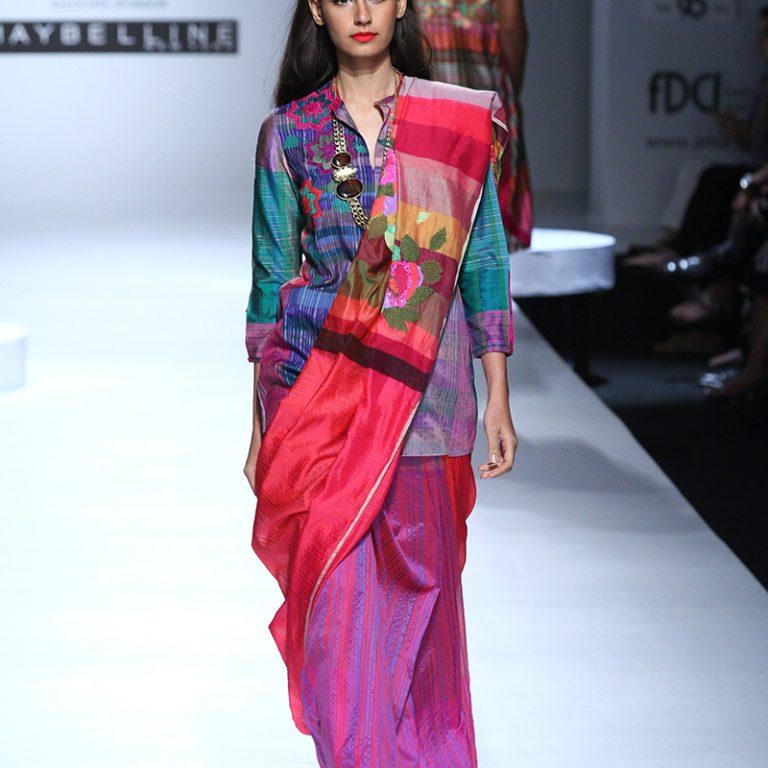 krishna-mehta-at-amazon-india-fashion-week-2017-19