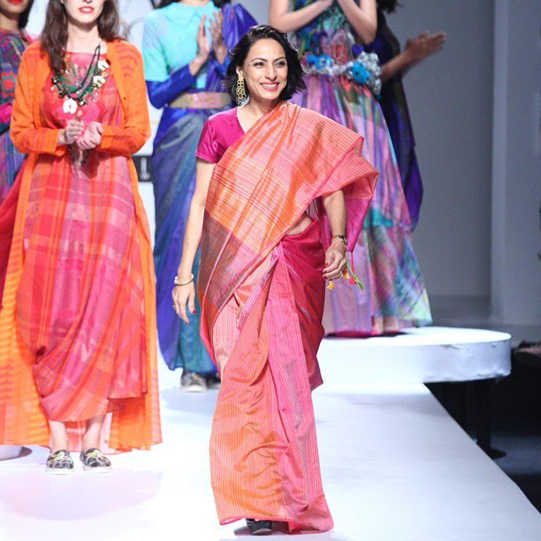 krishna-mehta-at-amazon-india-fashion-week-2017-21