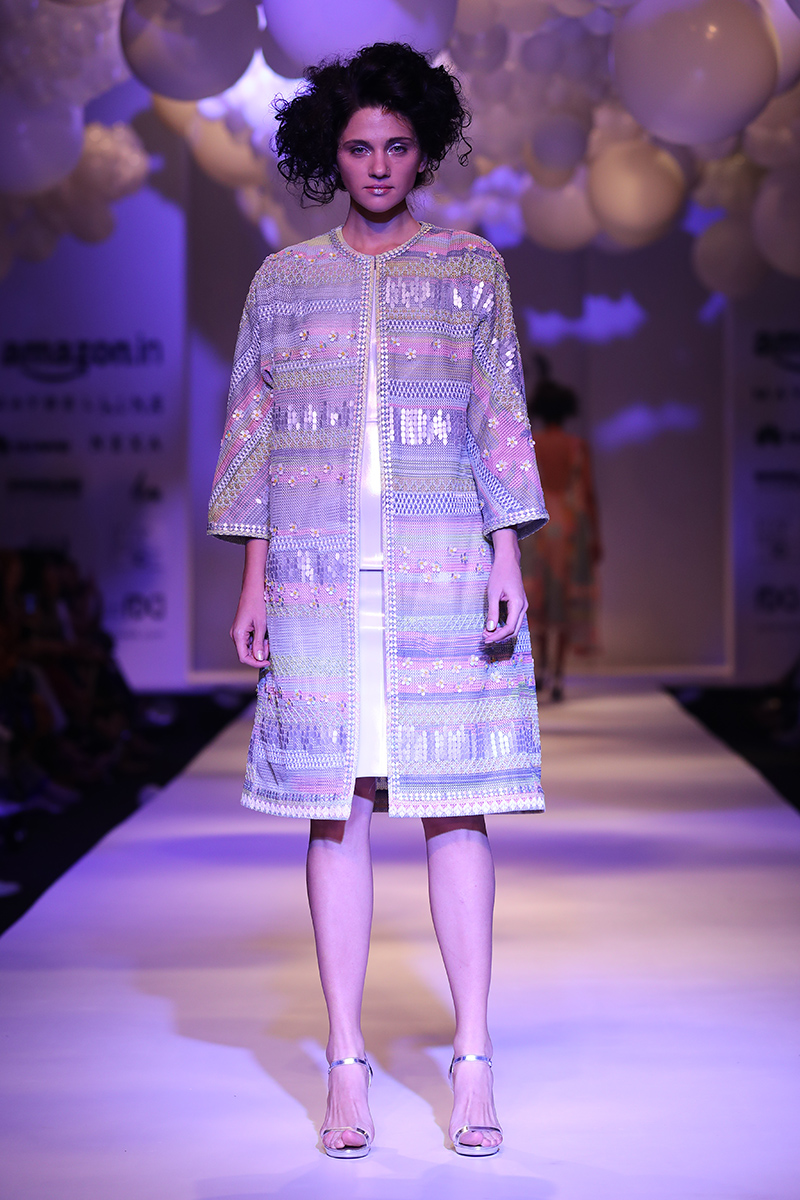 pankaj-and-nidhi-latest-dress-amazon-india-fashion-week-2017-19