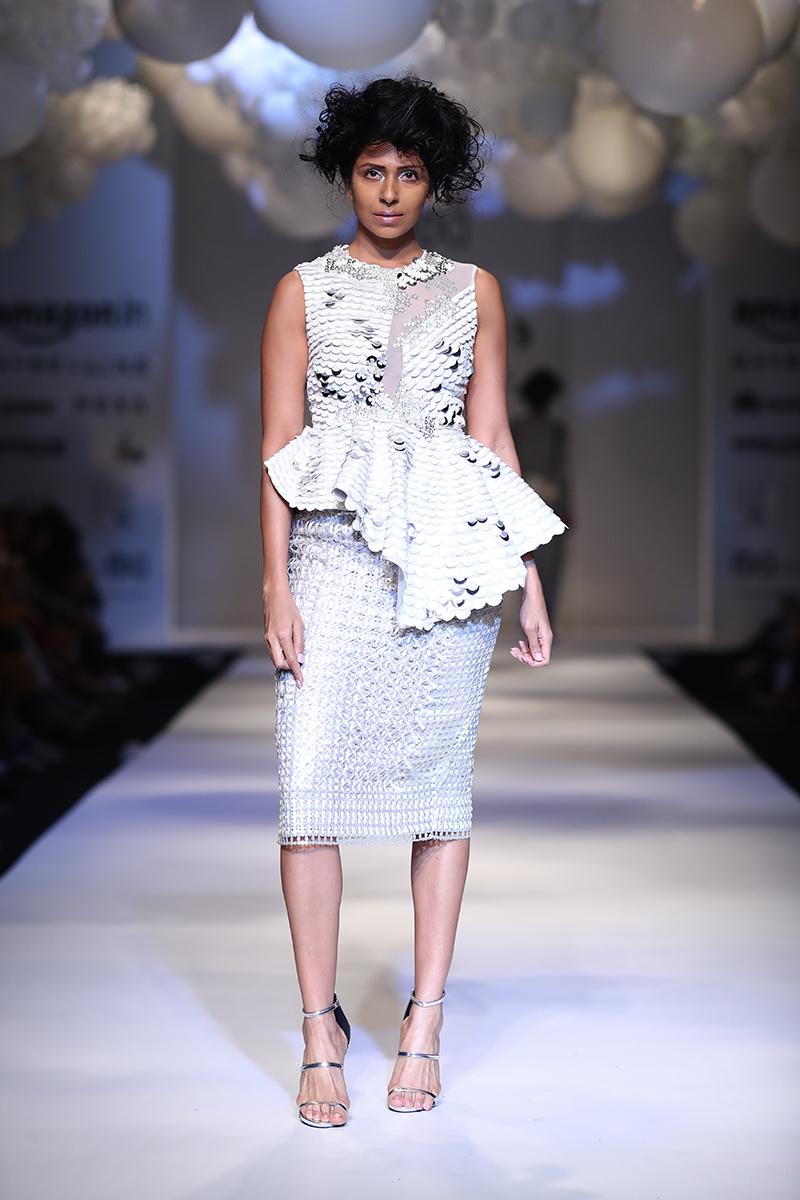 pankaj-and-nidhi-latest-dress-amazon-india-fashion-week-2017-31