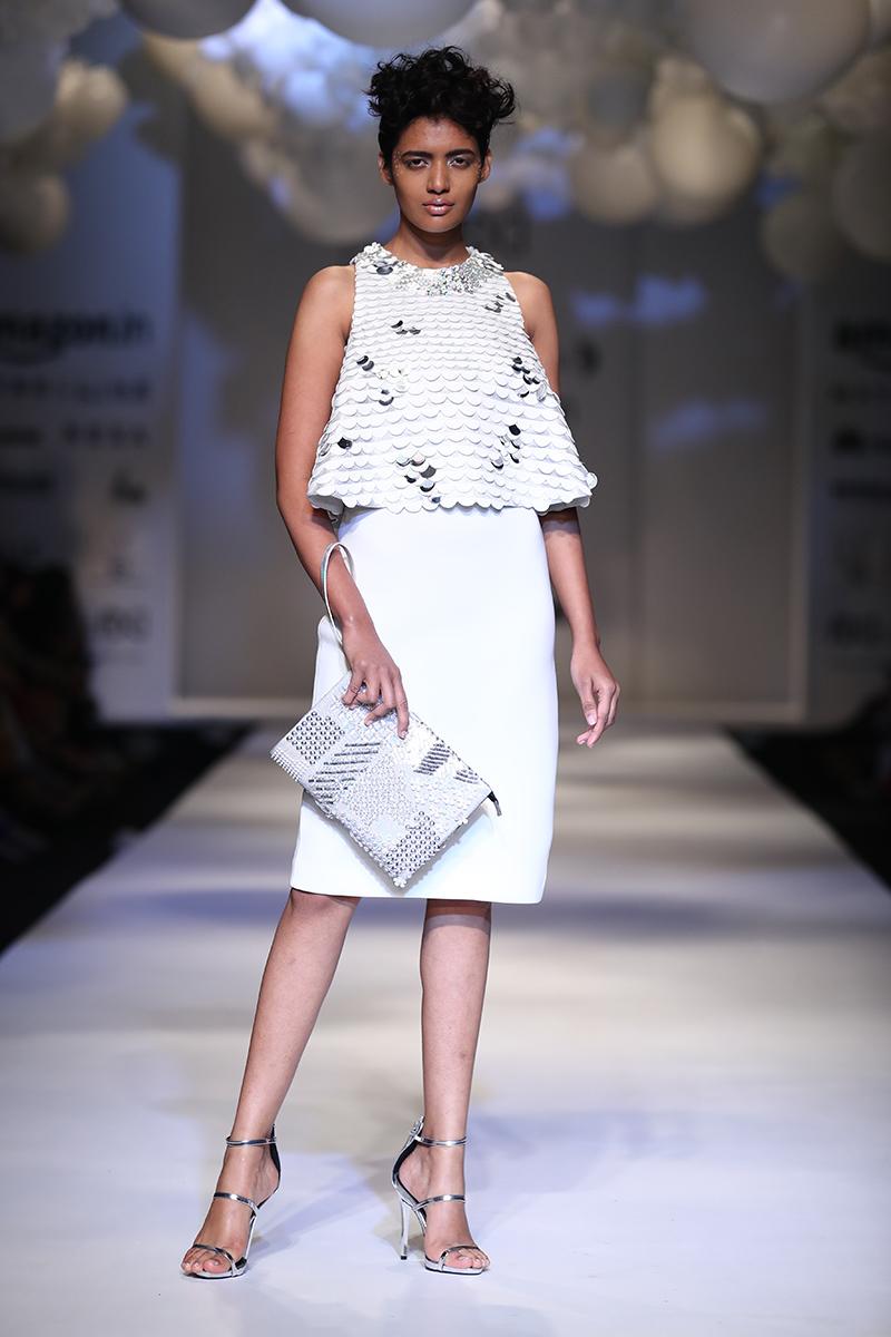 pankaj-and-nidhi-latest-dress-amazon-india-fashion-week-2017-32