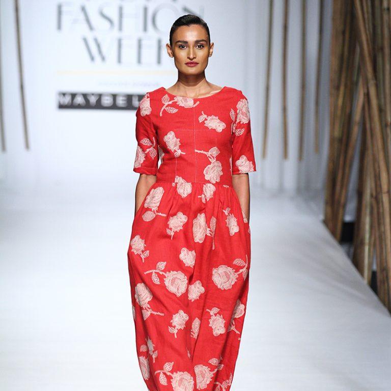 payal-pratap-at-amazon-india-fashion-week-2017-17