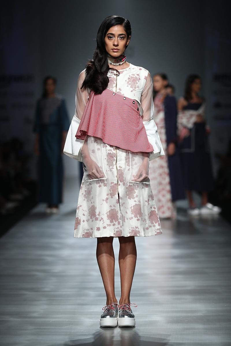 pinnacle-by-shruti-sancheti-at-amazon-india-fashion-week-2017-22