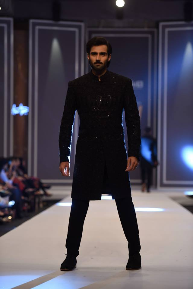 amir-adnan-latest-collection-at-fashion-pakistan-week-winter-2016-17