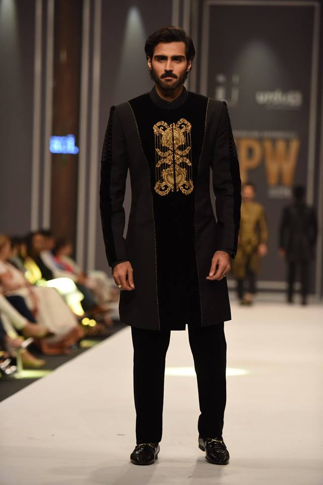 arsalan-iqbal-latest-collection-at-fpw-winter-2016-10