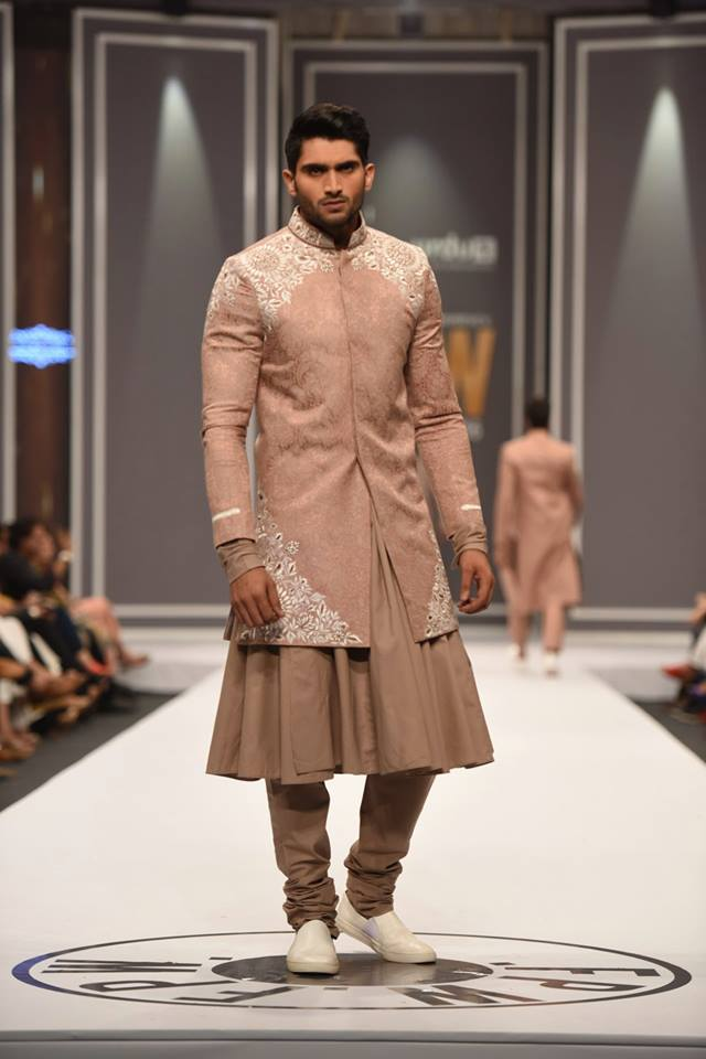 deepak-fahad-latest-collection-at-fpw-winter-2016-pkvogue-com-17