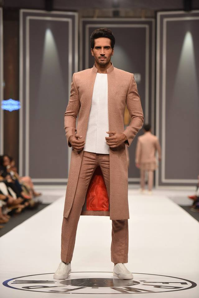 deepak-fahad-latest-collection-at-fpw-winter-2016-pkvogue-com-18