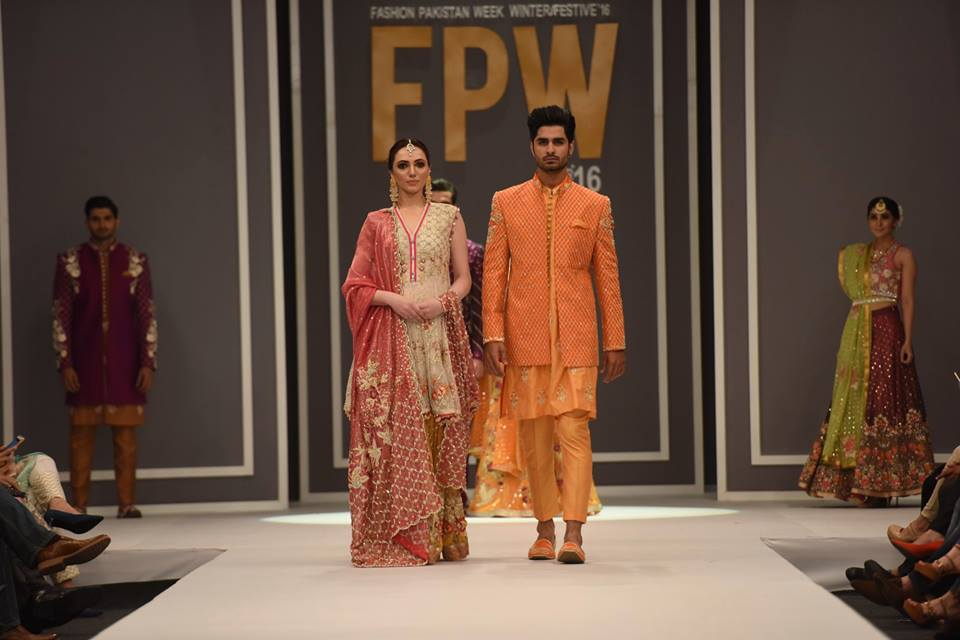 deepak-pertain-latest-collection-at-fpw-winter-2016-7