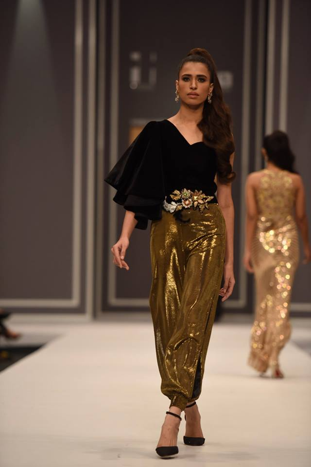 maheen-karim-winter-collection-at-fpw-winter-festive-2016-11
