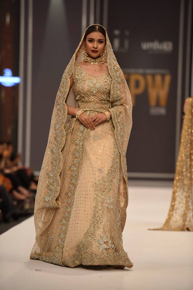 mona-imran-winter-collection-at-fpw-winter-2016-13
