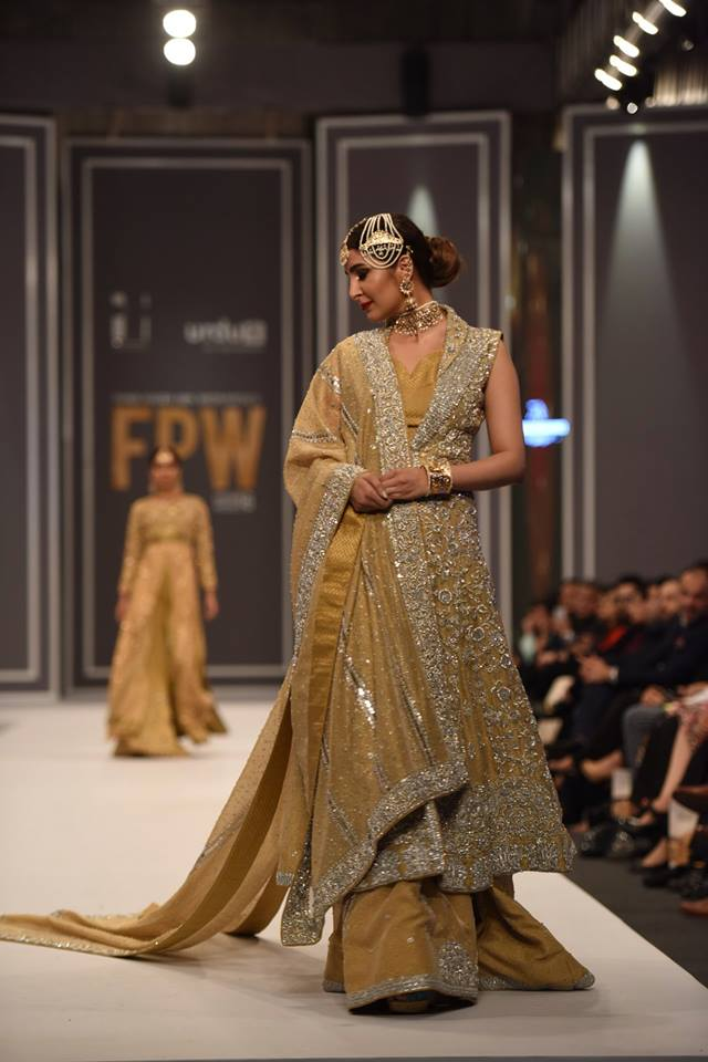 mona-imran-winter-collection-at-fpw-winter-2016-16