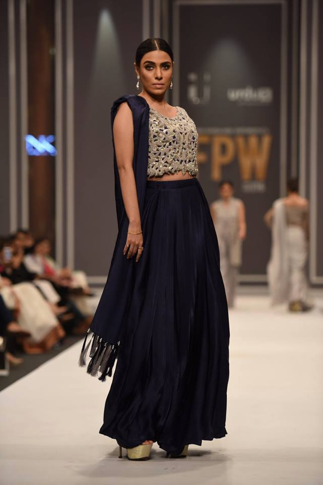 natasha-kamal-latest-collection-at-fpw-winter-2016-15