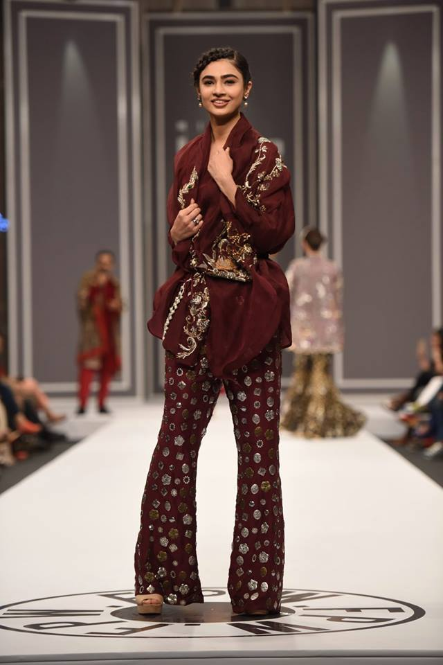 nida-azwer-bridal-collection-at-fpw-winter-2016-pkvogue-com-12
