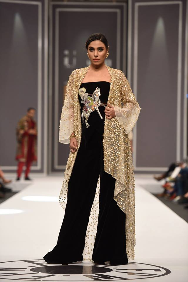 nida-azwer-bridal-collection-at-fpw-winter-2016-pkvogue-com-14