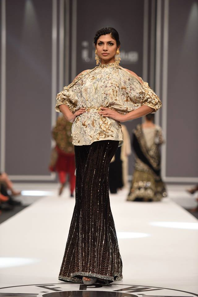nida-azwer-bridal-collection-at-fpw-winter-2016-pkvogue-com-15