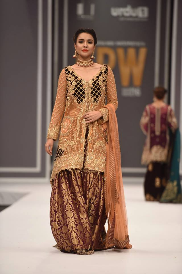saira-rizwan-bridal-collection-at-fpw-winter-2016-9