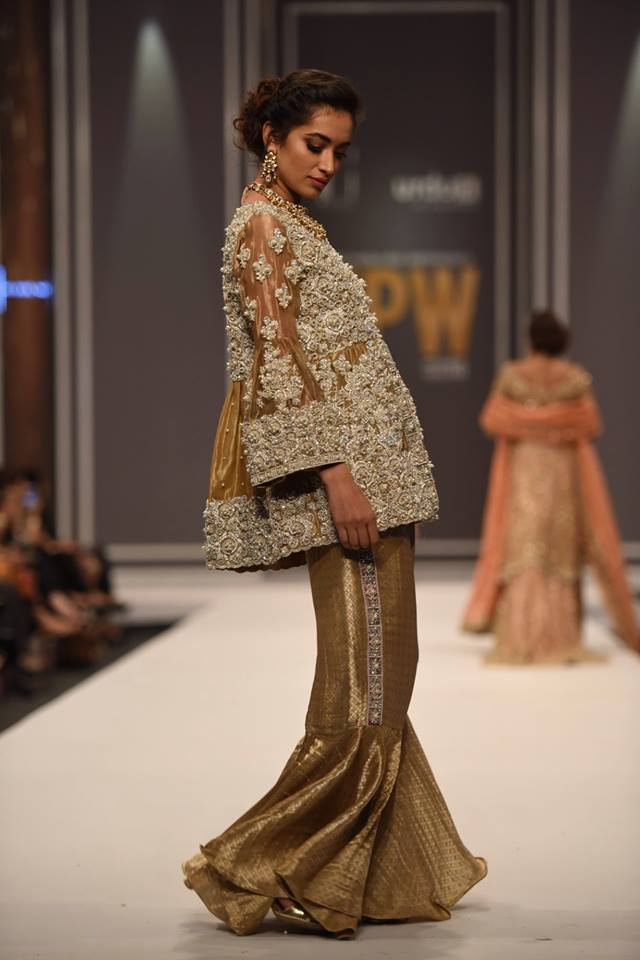 suffuse-by-sana-yasir-at-fpw-2016-10