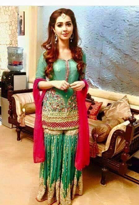 Latest pakistani wedding dresses 2017 pk vogue for Pakistani designer wedding dresses 2017