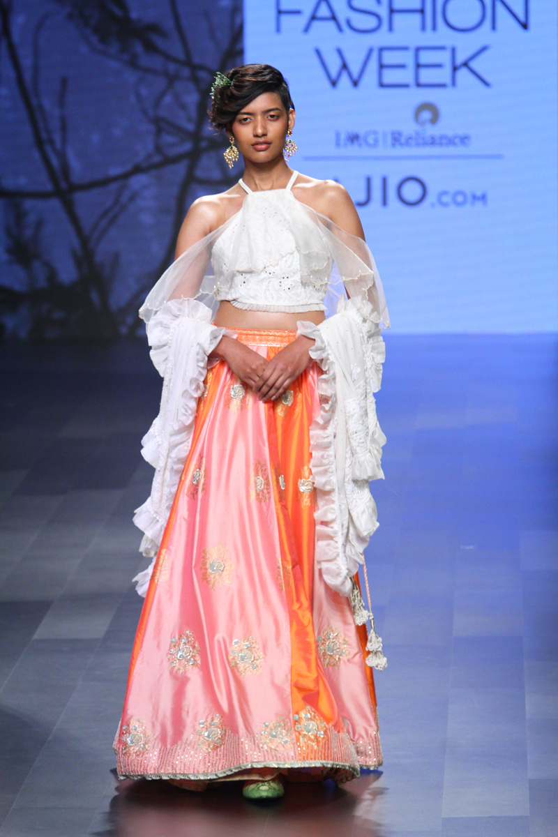 kotwara collection at lakme fashion week summer  resort