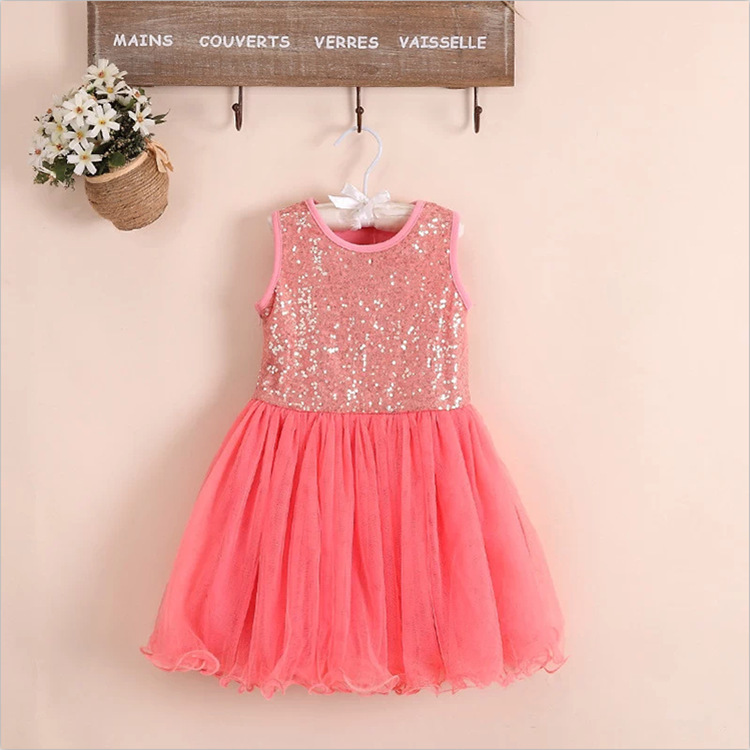 7d89d713ec35 baby girl frocks