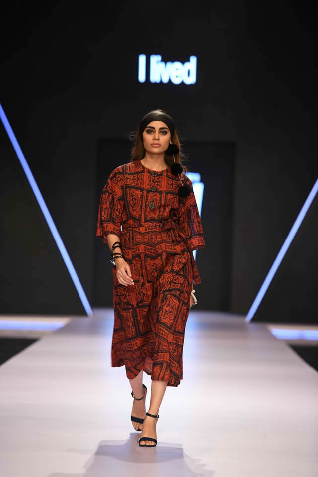 Gulabo By Maheen Khan Collection at FPW 2018