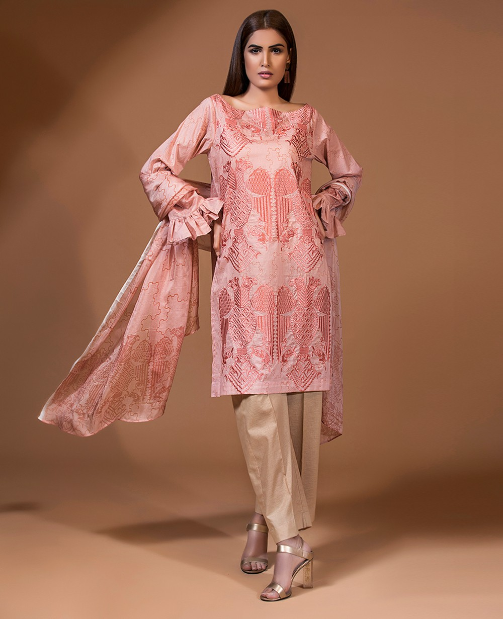 Ghaznavid Winter Collection by Khat e Poesh 13