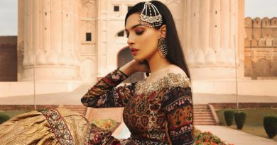 Czarina collection Parivash By Rungrez 12
