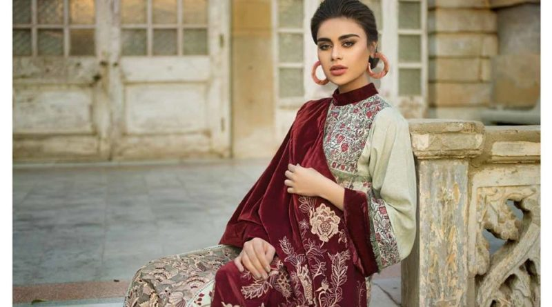 Tena Durrani Winter Shawl Collection 2019-11