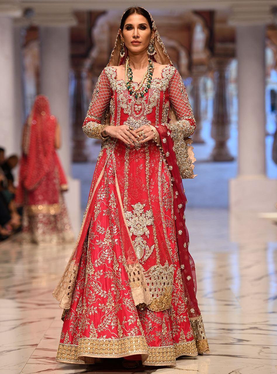 adb1dc9b924 Bridal Dresses In Pakistan In Red