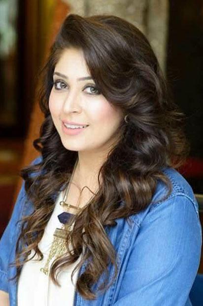 Aisha Imran Designer
