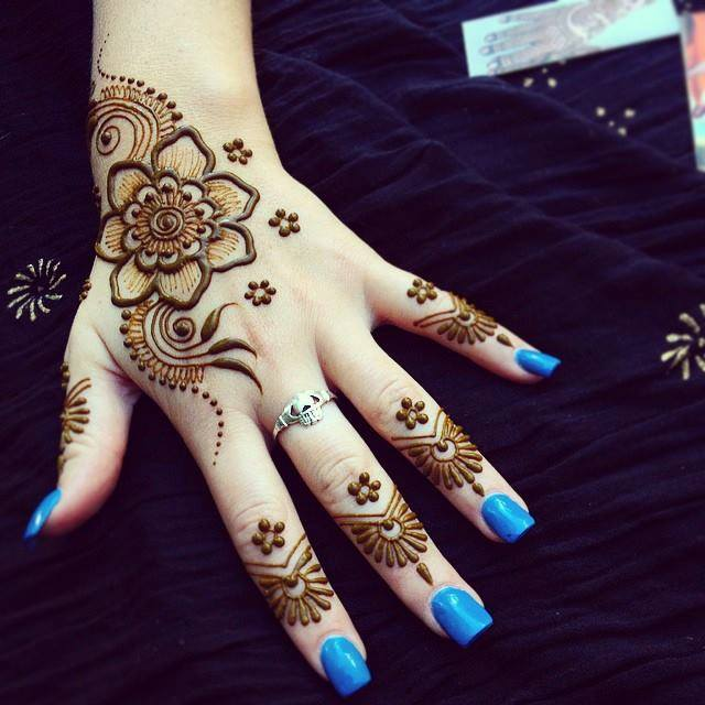 Best Mehndi Designs For Eid-